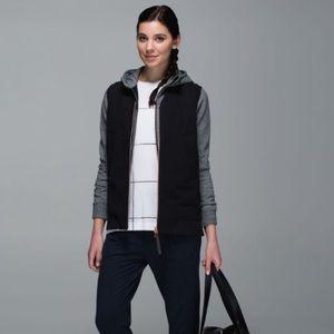 LULULEMON Black Departure Vest Size 8 Medium